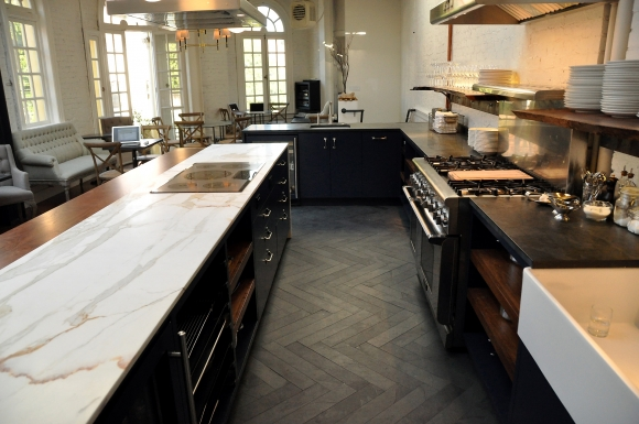 Love those long herringbone stone floors!